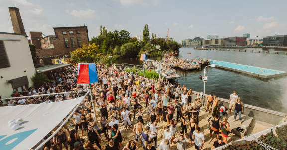 badeschiff-berlin-festival