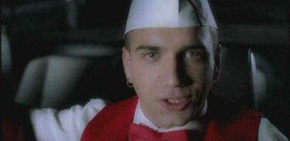 Along-Comes-Mary-bloodhound-gang-video-shambo